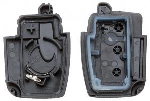 Часть выкидного ключа с местом под уставку платы центрального замка, количество кнопок: 3_2